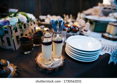 Candy Bar close up. Delicious sweet buffet with cupcakes. Sweet wedding buffet with cupcakes and other desserts.