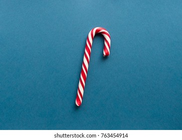 candy cane, traditional dessert, christmas candy, shape of heart, holidays decoration and presents