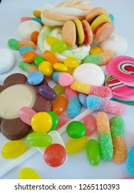 Candy, chocolate and sweets that have a negative effect on the skin