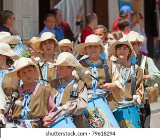 CANELLI, ITALY - JUNE 19: unidentified people acting at reenactment of Canelli siege, 1613 battle, June 19, 2011 at Canelli, Piedmont, Italy