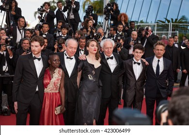 Cannes, France - 18 MAY 2016 - Olivier Bonnaud, Nadege Ouedraogo, Luc Dardenne, Adele Haenel, Jean-Pierre Dardenne, Louka Minnella and Jeremie Renier attend 'The Unknown Girl (La Fille Inconnue)'
