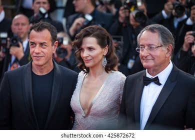 Cannes, France - 20 MAY 2016 - Matteo Garrone,Juliette Binoche and Peter Suschitzky attend 'The Last Face' Premiere during the 69th annual Cannes Film Festival