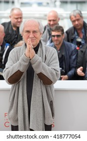 CANNES, FRANCE - MAY 11: Director of photography Vittorio Storaro attends the 'Cafe Society' Photocall during The 69th Annual Cannes Film Festival on May 11, 2016 in Cannes, France