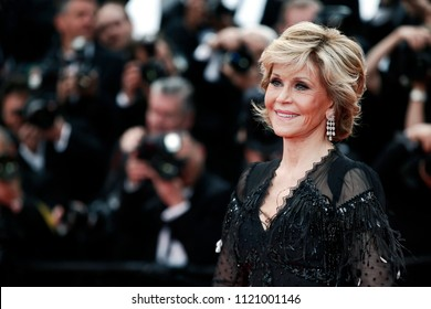 CANNES, FRANCE - MAY 13: Jane Fonda attends the screening of 'Sink Or Swim' during the 71st Cannes Film Festival on May 13, 2018 in Cannes, France.