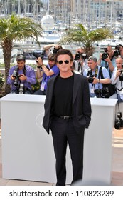 CANNES, FRANCE - MAY 14, 2008: Sean Penn at photocall for Cannes Jury at the 61st Annual International Film Festival de Cannes.