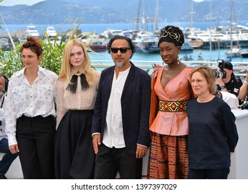 CANNES, FRANCE. May 14, 2019: Alice Rohrwacher, Elle Fanning, Alejandro Gonzalez Inarritu, Maimouna N'Diaye & Kelly Reichardt  at the photocall for Jury at the 72nd Festival de Cannes.