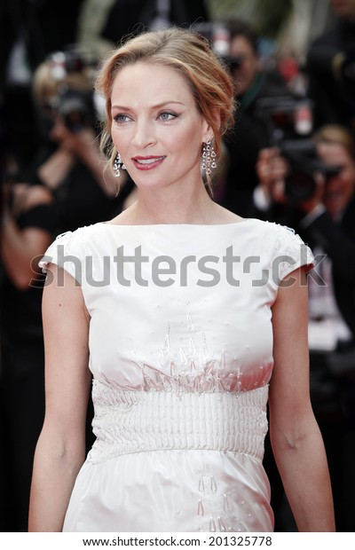 CANNES, FRANCE - MAY 14: Actress Uma Thurman attends the 'Pirates of the Caribbean' Premiere during the 64th Cannes Film Festival on May 14, 2011 in Cannes, France.