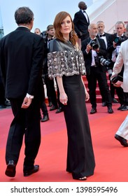 """CANNES, FRANCE. May 15, 2019: Julianne Moore at the gala premiere for """"Les Miserables"""" at the Festival de Cannes.Picture: Paul Smith / Featureflash"""