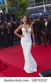 CANNES, FRANCE - MAY 15:  Cindy Crawford 'The Great Gatsby' Premiere during the 66th Annual Cannes Film Festival at the Theatre Lumiere on May 15, 2013 in Cannes, France.