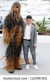 CANNES, FRANCE - MAY 15: Director Ron Howard and Chewbacca attend the photo-call of 'Solo: A Star Wars Story' during the 71st Cannes Film Festival on May 15, 2018 in Cannes, France.