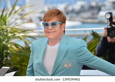 """CANNES, FRANCE. May 16, 2019: Elton John at the photocall for the """"Rocketman"""" at the 72nd Festival de Cannes.Picture: Paul Smith / Featureflash"""