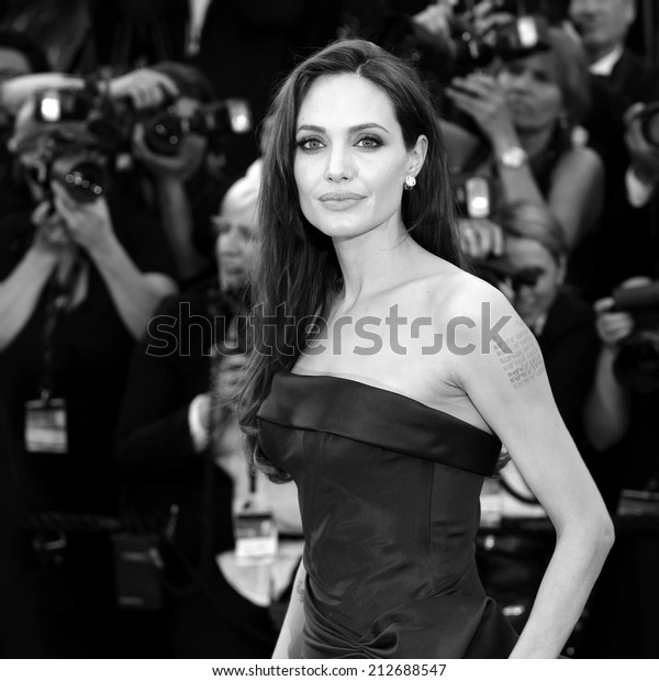 CANNES, FRANCE - MAY 16: Angelina Jolie attends 'The Tree Of Life' Premiere during the 64th Cannes Film Festival on May 16, 2011 in Cannes, France.