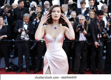 CANNES, FRANCE - MAY 17: Bella Hadid attends the 'Ismael's Ghosts' premiere and Opening Gala during the 70th Cannes Film Festival on May 17, 2017 in Cannes, France.