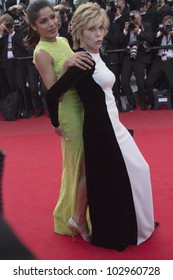 CANNES, FRANCE - MAY 17: Freida Pinto and Jane Fonda attends the 'De Rouille et D'os' Premiere during the 65th  Cannes Film Festival at Palais des Festivals on May 17, 2012 in Cannes, France.