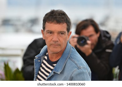"""CANNES, FRANCE. May 18, 2019: Antonio Banderas at the photocall for the """"Pain and Glory"""" at the 72nd Festival de Cannes.Picture: Paul Smith / Featureflash"""