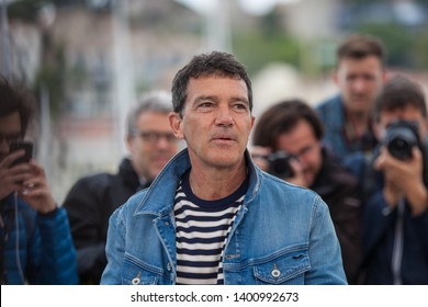 "CANNES, FRANCE - MAY 18, 2019: Antonio Banderas attends the photocall for ""Pain And Glory (Dolor Y Gloria/ Douleur Et Glorie)"" during the 72nd annual Cannes Film Festival"