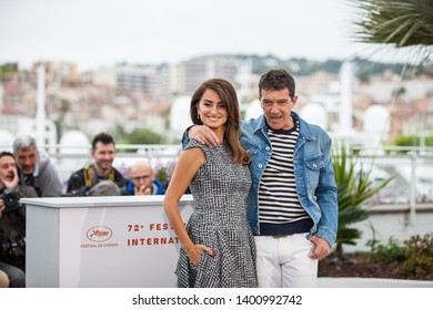 "CANNES, FRANCE - MAY 18, 2019:  Penelope Cruz and Antonio Banderas attend the photocall for ""Pain And Glory (Dolor Y Gloria/ Douleur Et Glorie)"" during the 72nd annual Cannes Film Festival"