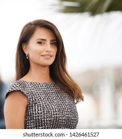 """CANNES, FRANCE - MAY 18, 2019: Penelope Cruz attends the photocall for """"Pain And Glory (Dolor Y Gloria/ Douleur Et Glorie)"""" during the 72nd annual Cannes Film Festival"""