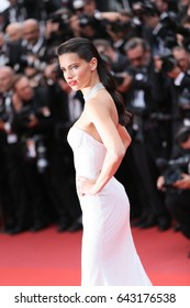 CANNES, FRANCE - MAY 18:  Adriana Lima attends the 'Nelyobov (Loveless)' screening during the 70th Cannes Film Festival at Palais des Festivals on May 18, 2017 in Cannes, France.