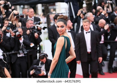 CANNES, FRANCE - MAY 18: Deepika Padukone attends the 'Nelyobov (Loveless)' screening during the 70th Cannes Film Festival at Palais des Festivals on May 18, 2017 in Cannes, France.