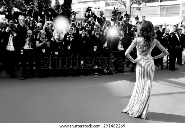 CANNES, FRANCE- MAY 20: Model Izabel Goulart attends the 'Youth' Premiere during the 68th Cannes Film Festival on May 20, 2015 in Cannes, France.