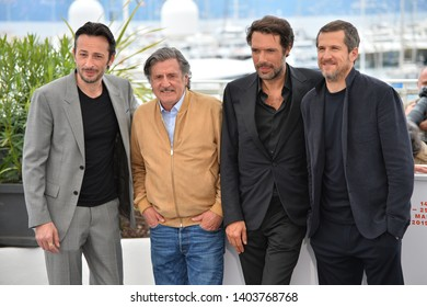 "CANNES, FRANCE. May 21, 2019: Michael Cohen, Daniel Auteuil, Nicolas Bedos & Guillaume Canet at the photocall for ""La Belle Epoque"" at the 72nd Festival de Cannes.