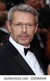 CANNES, FRANCE - MAY 21: Lambert Wilson attends the 'Vous N'avez Encore Rien Vu' premiere during the 65th  Cannes  Festival at Palais des Festivals on May 21, 2012 in Cannes, France
