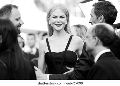 CANNES, FRANCE - MAY 22: Nicole Kidman attends the 'The Killing Of A Sacred Deer' premiere during the 70th Cannes Film Festival on May 22, 2017 in Cannes, France.