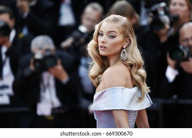 CANNES, FRANCE - MAY 24: Elsa Hosk attends the 'The Beguiled' premiere during the 70th Cannes Film Festival on May 24, 2017 in Cannes, France