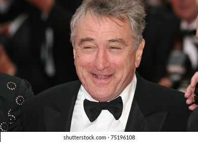 CANNES, FRANCE - MAY 25: Actor Robert De Niro arrives at the Palme d'Or Closing Ceremony at the Palais des Festivals during the 61st Cannes Film Festival on May 25, 2008 in Cannes, France.