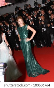 CANNES, FRANCE - MAY 25: Doutzen Kroes attends the 'Cosmopolis' Premiere during the 65th Cannes Film Festival at Palais des Festivals on May 25, 2012 in Cannes, France