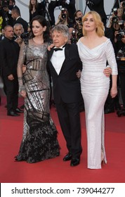 """CANNES, FRANCE. May 27, 2017: Eva Green, Roman Polanski & Emmanuelle Seigner at the premiere for """"Based on a True Story"""" at the 70th Festival de Cannes"""