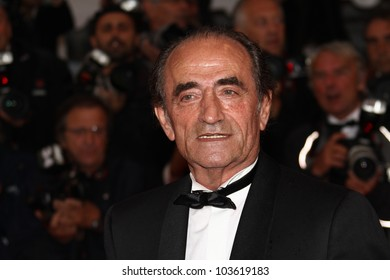 CANNES, FRANCE - MAY 27: Richard Bohringer attends the Closing Ceremony and the 'Therese Desqueyroux' Premiere during the 65th  Cannes Festival at Palais on May 27, 2012 in Cannes, France