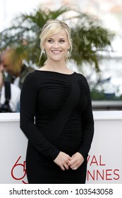 CANNES  - MAY 26: Reese Witherspoon at the Mud photocall during the 65th Cannes Film Festival on May 26, 2012 in Cannes, France