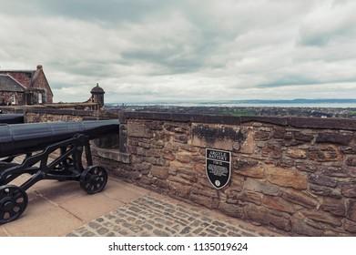 Cannon at Argyle Battery inside Edinburgh Castle, popular tourist attraction and landmark of Edinburgh, capital city of Scotland, UK