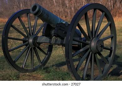 Cannon on Civil War battlefield at Antietam, near Sharpsburg, Maryland