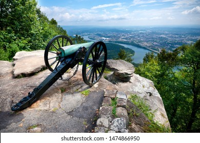 Cannon overlooking Chattanooga TN from Point Park