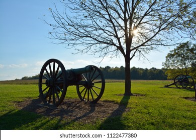 A cannon stands at Wilson's Creek Battlefield.