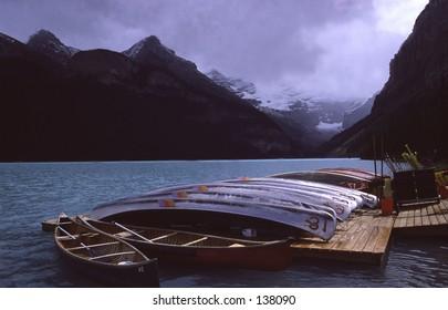 canoes at Lake Louise Alberta