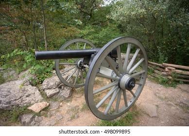 A canon at Gettysburg Battlefield