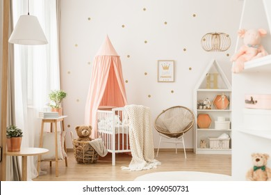 Imagenes Fotos De Stock Y Vectores Sobre Girl Nursery