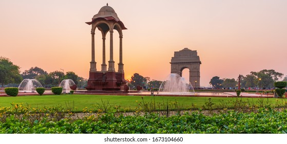 The Canopy and India Gate, sunset panorama, New Dehli