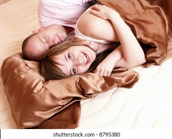 I can't sleep :) Couple in the bed.