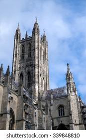 CANTERBURY, KENT/UK - NOVEMBER 12 : View of Canterbury Cathedral in Canterbury on November 12, 2015