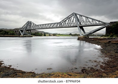 Cantilever road bridge over the Firth of Lorne
