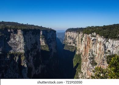 Cânion / Canyon Itaimbezinho, Rio Grande do Sul e Santa Catarina, Brazil