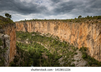Canyon next to Chulilla town, province of Valencia, Valencian Community, Spain