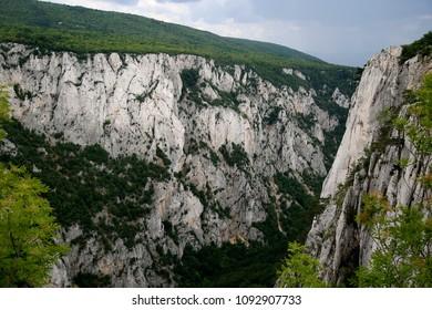 canyon  view  hills