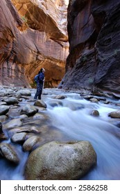 Canyoneering in the Narrows, Zion