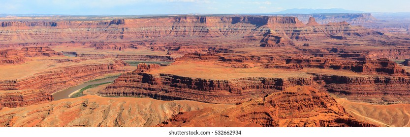 Canyonland park seen from Dead Horse Point. Utah. U.S
